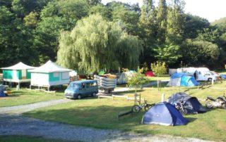 Retour d'une descente en canoës gonflables jusqu'au camping Amestoya de Bidarray