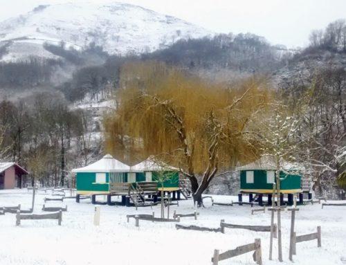 Le camping Amestoya sous la neige, rare et éphémère